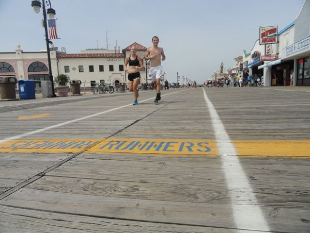 Good etiquette: Using the marked lanes on the boardwalk appropriately.