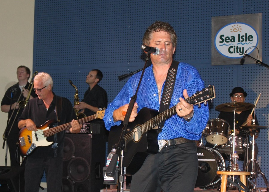 """Curtis DiDomizio, of """"Real Diamond,"""" will perform a selection of popular Neil Diamond hits on July 2 at Sea Isle City's Excursion Park Band Shell."""