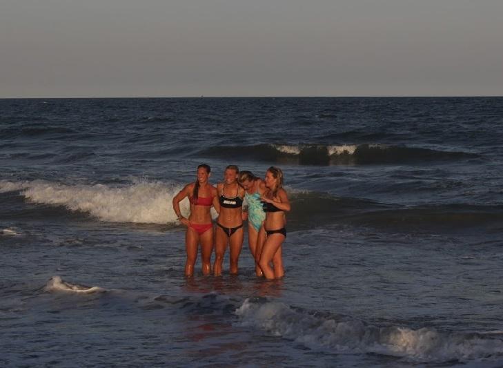 Surf Dash.4