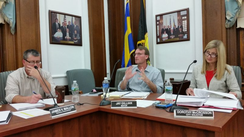 Mayor Jay Gillian, center, had pulled two previous versions of the Boardwalk entertainers ordinance to give the city more time to study the issue.