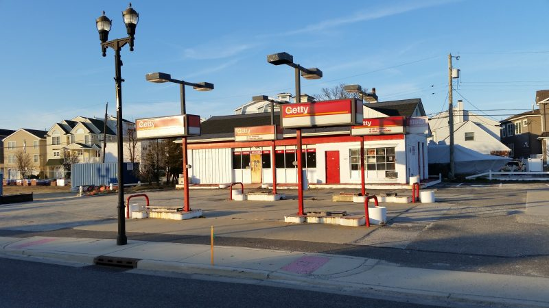 The ghostly old Getty gas station, before it was demolished Wednesday.