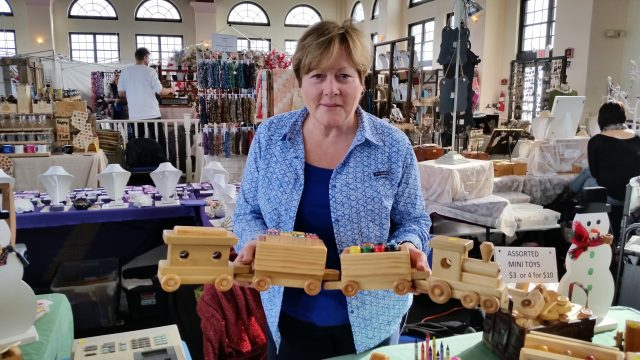 Ocean City S Holiday Arts And Crafts Show Touts Made In